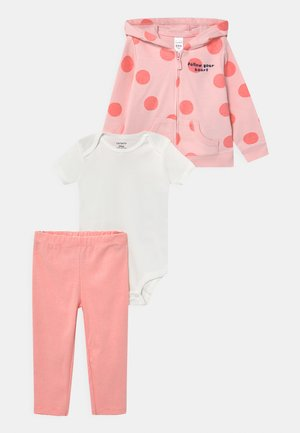 DOT SET - Basic T-shirt - pink