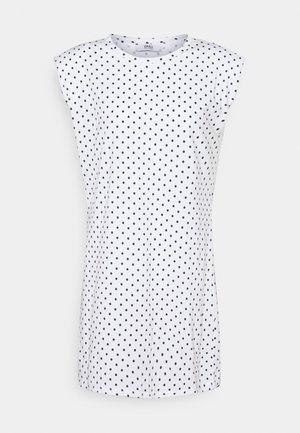 ONLPERNILLE SHOULDER DRESS - Jerseykjole - white