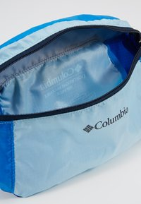 Columbia - LIGHTWEIGHT PACKABLE HIP PACK - Ledvinka - sky blue azure blue - 4