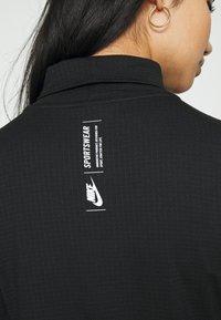 Nike Sportswear - MOCK - T-shirt à manches longues - black/white - 5