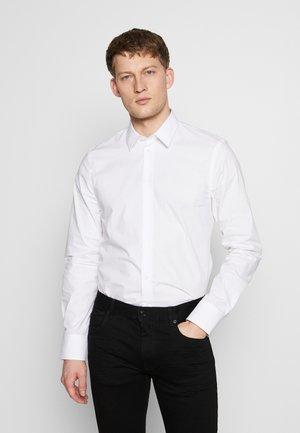 PAUL - Camisa elegante - white