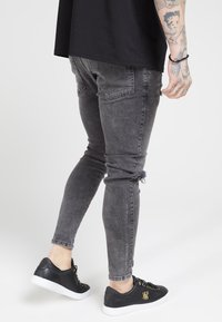SIKSILK - DISTRESSED SLICE KNEE - Jeans Skinny Fit - dark grey - 2