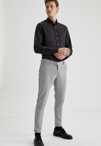 DeFacto - Formal shirt - anthracite - 1
