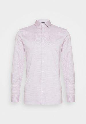 No. 6 - Zakelijk overhemd - dunkelrot
