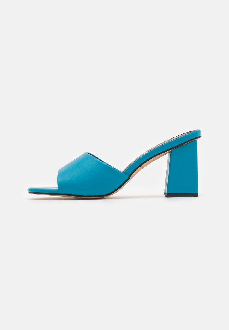 Madden Girl - GOLDEN - Heeled mules - blue paris