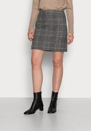 TUVA SKIRT - Pencil skirt - yarn dyed
