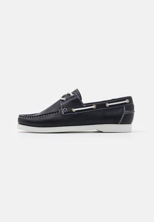 Boat shoes - oslo marine