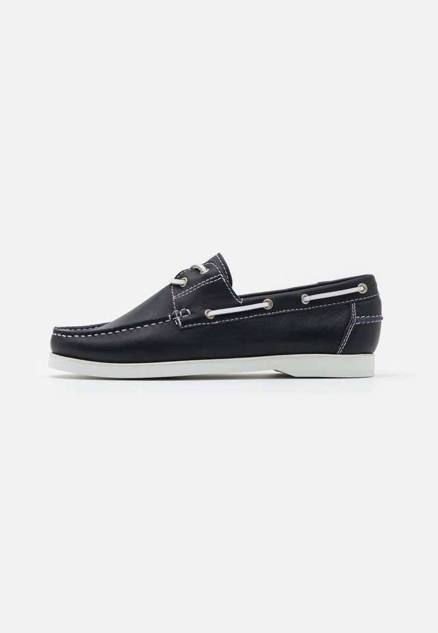 Boat shoes - oslo marine