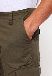 Dickies - EDWARDSPORT - Cargo trousers - dark olive - 3