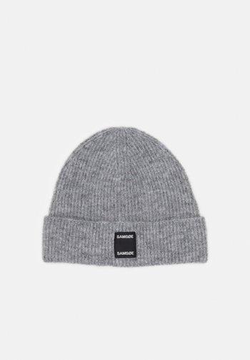 BERNICE HAT