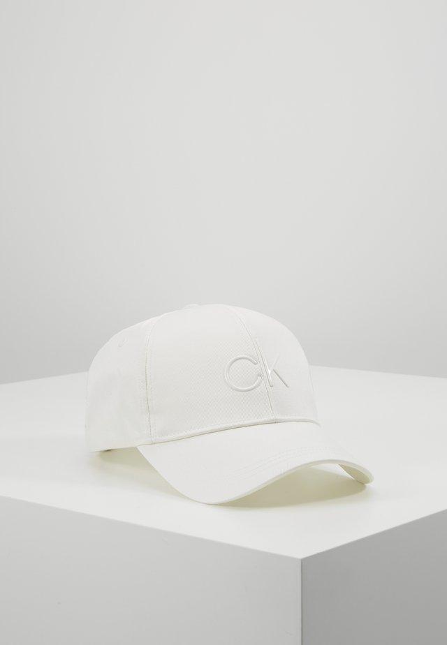 Czapka z daszkiem - white