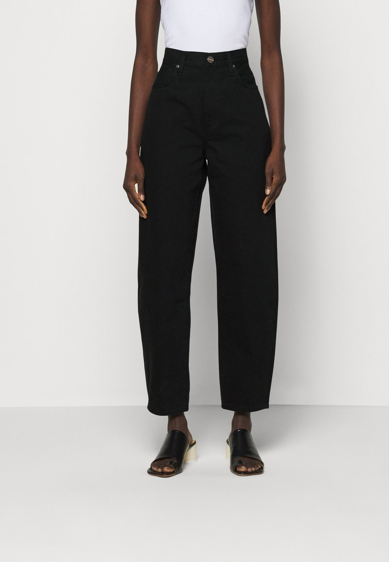 Goldsign - THE CURVE - Džíny Relaxed Fit - painted black