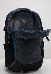 Deuter - GIGA BIKE - Rucksack - graphite/black - 5