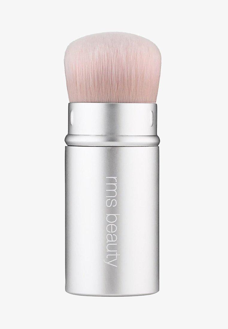 RMS Beauty - KABUKI POLISHER BRUSH - Makeup brush - -