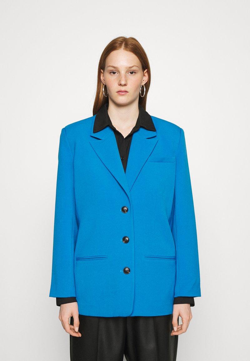 Gestuz - LINDA - Blazer - french blue
