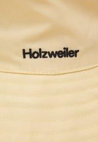 Holzweiler - RAJAH BUCKET HAT UNISEX - Hat - light yellow - 3