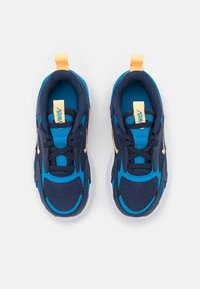 Nike Sportswear - AIR MAX BOLT UNISEX - Sneakers basse - midnight navy/melon tint/imperial blue/lightt brown - 3