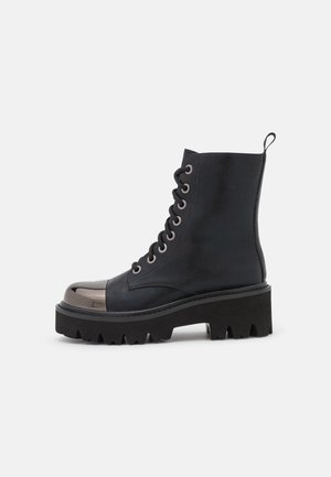 MARTIN BOOT WITH TOE CAP - Platform ankle boots - black