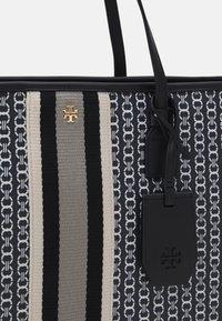 Tory Burch - GEMINI LINK ZIP TOTE - Tote bag - black - 4