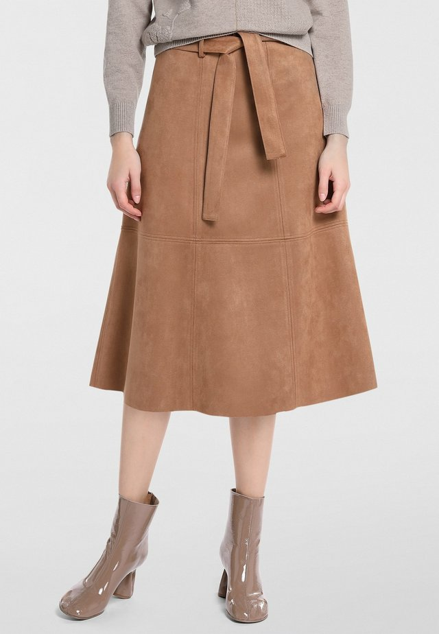 A-snit nederdel/ A-formede nederdele - karamell