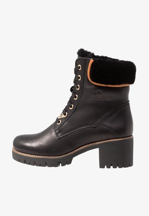 PHOEBE IGLOO TRAVELLING - Lace-up ankle boots - black