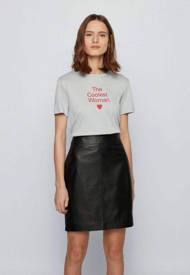 EROMANCE - T-shirt imprimé - silver