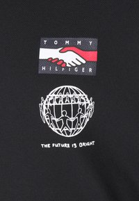 Tommy Hilfiger - ONE PLANET SMALL LOGO UNISEX - Polo - black - 2