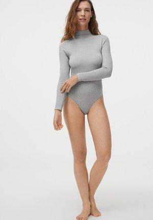 Body - light grey
