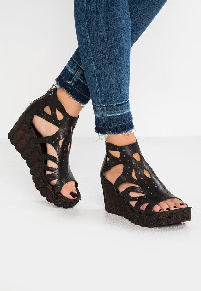 LESLIE - Platform sandals - black