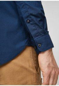 s.Oliver - Formal shirt - blue - 6
