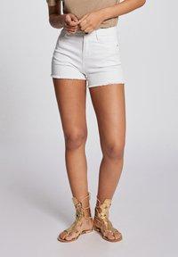 Morgan - Denim shorts - off-white - 0