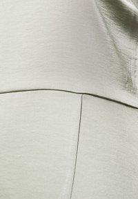 NA-KD - HIGH SLIT DRESS - Maxi dress - dusty green - 5