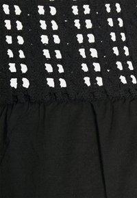 Vero Moda Curve - VMLORETTA - Blouse - black - 2