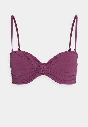 KNOTTED BANDEAU  - Bikini top - plum