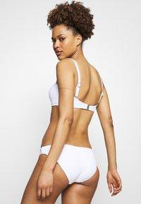 Seafolly - SEASIDE SOIREE BANDEAU  - Bikini top - white - 2