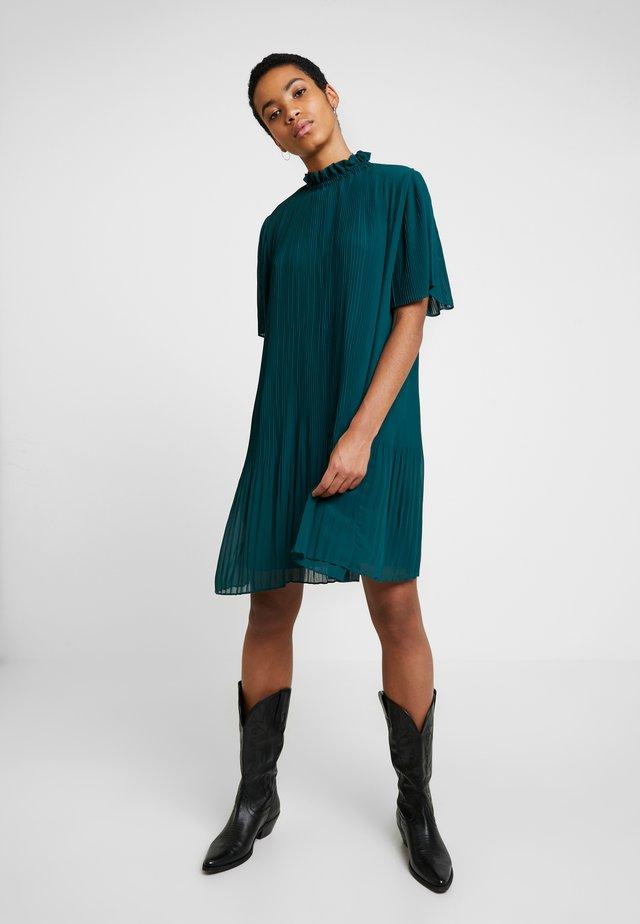 MALIE DRESS - Sukienka letnia - sea moss