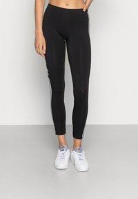 adidas Originals - TREFOIL ORIGINALS ADICOLOR LEGGINGS COMPRESSION - Leggings - black - 0
