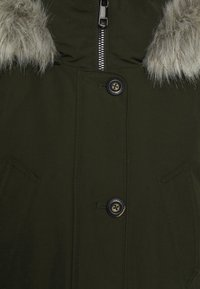 Tommy Hilfiger - GLOBAL STRIPE PADDED - Winter coat - camo green - 3