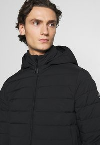 Abercrombie & Fitch - PUFFER JACKET - Light jacket - black - 4