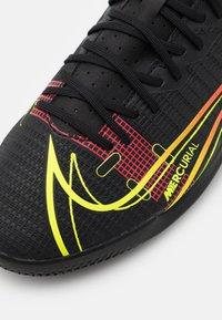 Nike Performance - MERCURIAL VAPOR 14 ACADEMY IC - Indoor football boots - black/cyber/off noir - 5