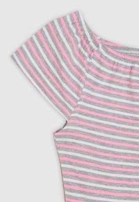 s.Oliver - Jersey dress - grey melange - 2