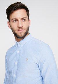 Farah - BREWER SLIM FIT - Shirt - mid blue - 5