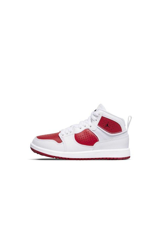 JORDAN ACCESS SCHUH FÜR JÜNGERE KINDER - Chaussures de basket - white/gym red/black