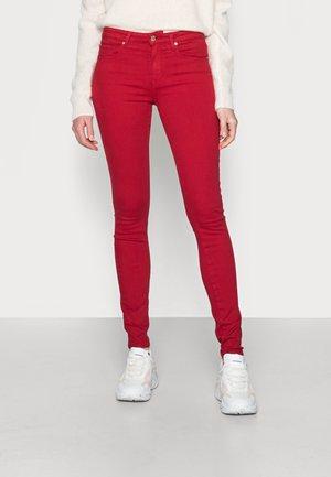 FLEX COMO SKINNY  - Jeans Skinny Fit - red