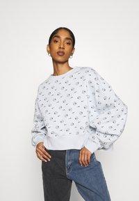 Nike Sportswear - CREW - Sweatshirt - pure platinum - 0