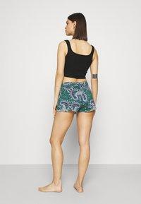 Etam - BAKI SHORT - Pyjama bottoms - vert - 2
