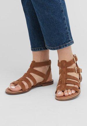 FOREVER COMFORT® GLADIATOR  - Sandals - brown
