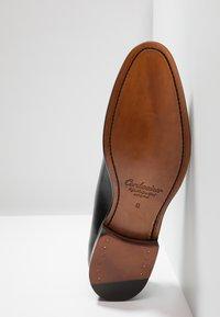 Cordwainer - ARMAND - Elegantní šněrovací boty - orleans black - 4