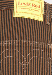 Levi's® - PLEATED TROUSER - Kalhoty - brown - 2