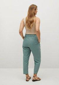 Violeta by Mango - FLEW - Trousers - grün - 2